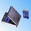 Компактное зарядное для аккумуляторов АА